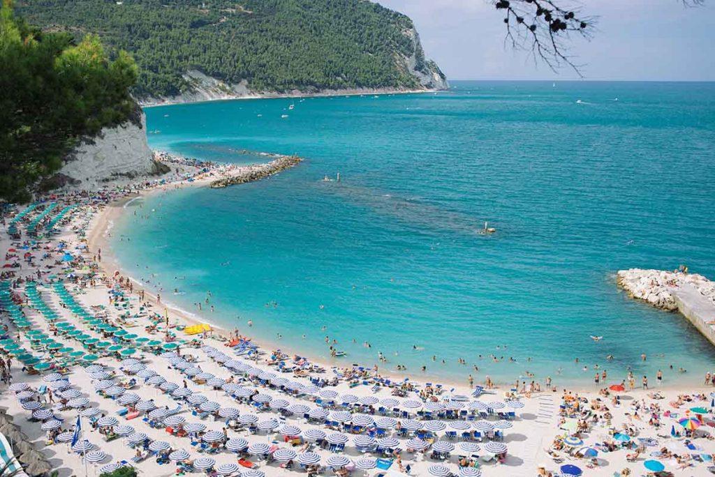 mooiste-stranden-italie-sirolo-travesol