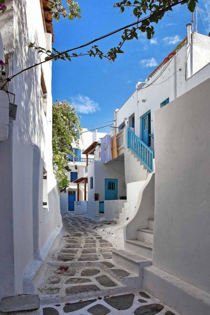 mykonos-straatje-griekenland-travesol