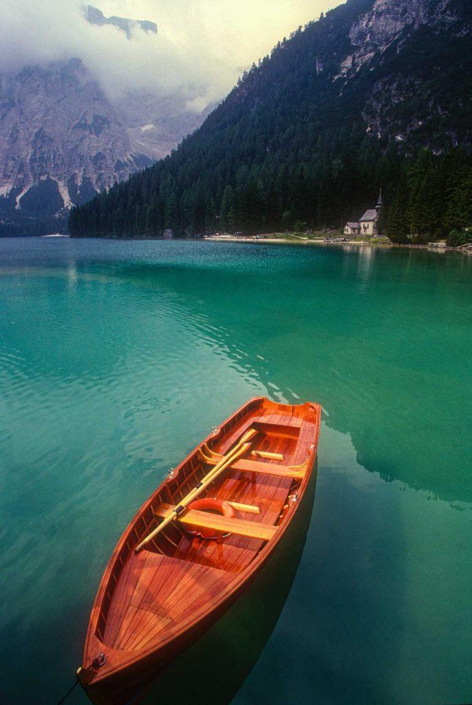 lago-di-braies-boot-travesol